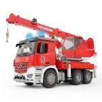Пожарная машина автокран MB Arocs с модулем со световыми и звуковыми эффектами Bruder
