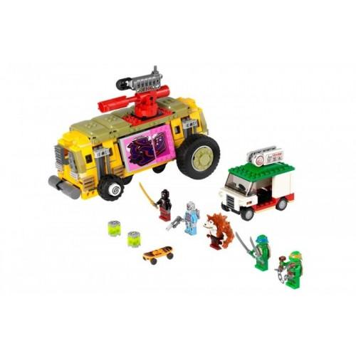 Погоня на панцирном танке Lego (Лего)