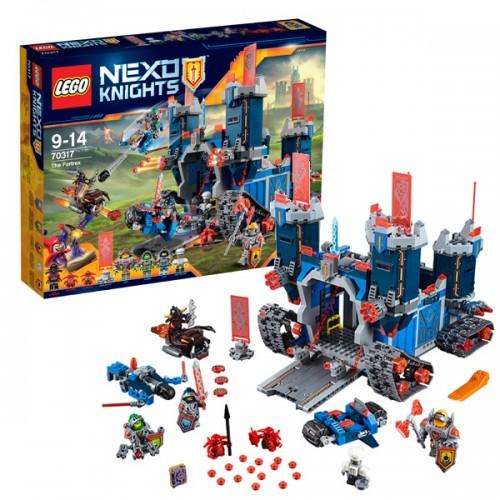 Лего Нексо Фортрекс - мобильная крепость Lego (Лего)