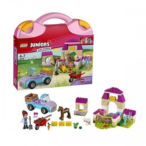 LEGO JUNIORS 10746 Чемоданчик «Ферма Мии»