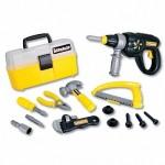 Набор инструментов (электрошуруповерт, ящик для инструментов, плоскогубцы, винты, отвертка, ножевка, Keenway