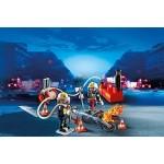 Пожарная служба: Пожарники с водяным насосом Playmobil (Плеймобил)
